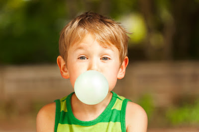 Sugarless Chewing Gum for Dental Health